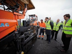La Comunidad de Madrid inicia los trabajos de asfaltado de la M-103 en Talamanca y Valdetorres