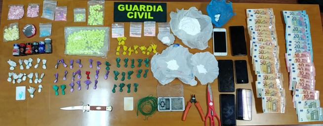 Detenidos dos jóvenes en Torrelaguna por tráfico de drogas a pequeña escala