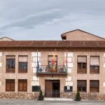 El Ayuntamiento de El Casar saca a concurso una plaza de monitor de pádel