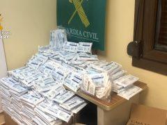 La Guardia Civil esclarece la venta ilegal de más de 260.000 mascarillas no homologadas procedentes de China y vendidas a ayuntamientos