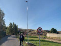El Ayuntamiento de El Casar ilumina el camino rural que conecta El Casar con la urbanización de Montecalderón