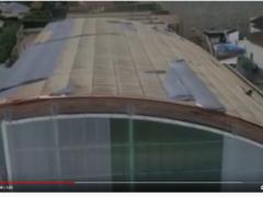 Bomberos de la Comunidad de Madrid revisan con drones la cubierta del CEIPS Jesús Aramburu de Valdetorres de Jarama