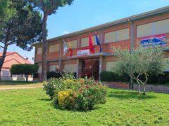 La Concejalía de Educación de Fuente el Saz recibe 4.000 euros para adquirir dispositivos electrónicos y tarjetas para conexión a internet