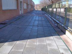 Talamanca de Jarama tiene todos los accesos al colegio y a la casita de niños limpios de nieve y hielo
