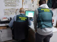 La Guardia Civil detiene a una persona que estafó más de 54.000 euros al Ayuntamiento de El Casar