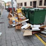 Repugnantes vertidos de basuras en dos calles de Talamanca de Jarama por parte de vecinos incívicos