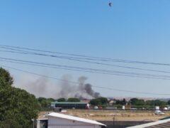 Un nuevo incendio en Fuente el Saz quema pasto y arizónicas